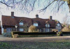 Redbourn. Beesnest Cottages