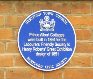 The blue plaque on Prince Albert Cottages. 2017 | Colin Wilson