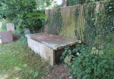 Tombs and Burials in Hertfordshire