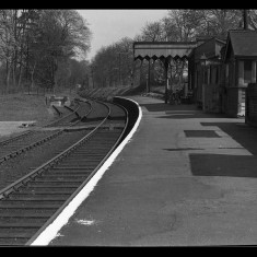 Widford Station in its last years; the passing loop and sidings are well-displayed. | © The Lens of Sutton Association
