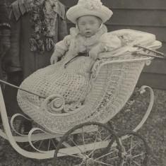 Children of Hertfordshire   acc3814.3baby