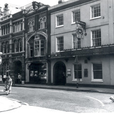 Left to right: the Post Office, a charity shop and the Dimsdale Arms, 1979. | Hertfordshire Archives and Local Studies/J. Simons
