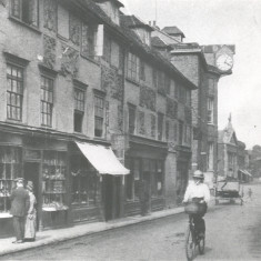 We are now looking down Fore Street from Parliament Square (facing east) | Hertfordshire Archives and Local Studies