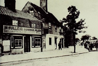 The Two Brewers, c.1905 | Hertfordshire Archives & Local Studies