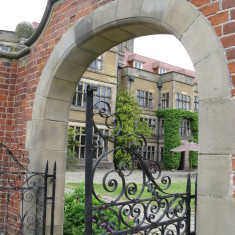 This time it's an arch AND an iron gate together! | Fiona MacDonald
