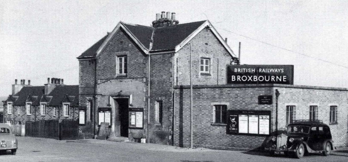 Broxbourne Station 1958 | David Dent