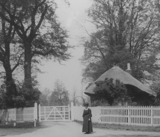 Cheshunt Park Lodge & Gate 1907 | Hertfordshire Archive & Local Studies