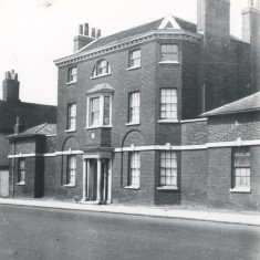 The old Brewery House in 1928 | Hertfordshire Archives and Local Studies