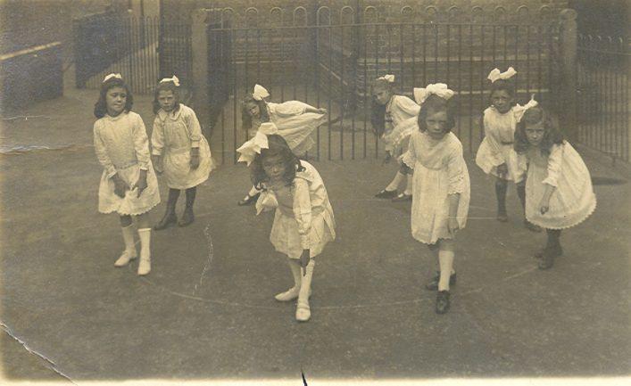 Brewery Rd Sch 1917 - Hertfordshire Archives & Local Studies