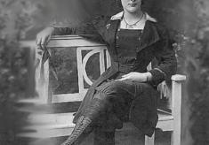 Dolly Shepherd, The Pioneering Edwardian Lady Parachutist