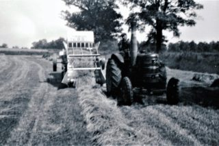 The mechanisation of the harvest