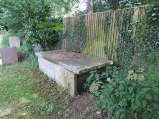 Rev. Orme's Tomb, Essendon   Hertfordshire Archives & Local Studies