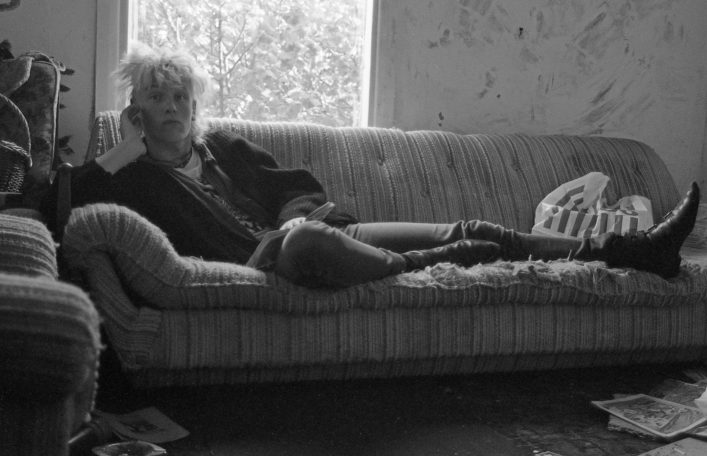 Charlie Murray lounging in the lounge, (1988) Lattimore Road.