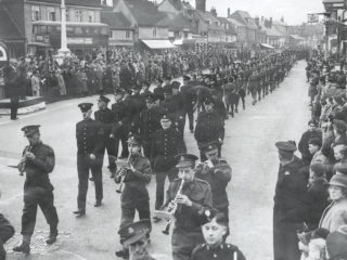 VE Parade, Hoddesdon [Local Studies collection, HALS] | Hertfordshire Archives and Local Studies