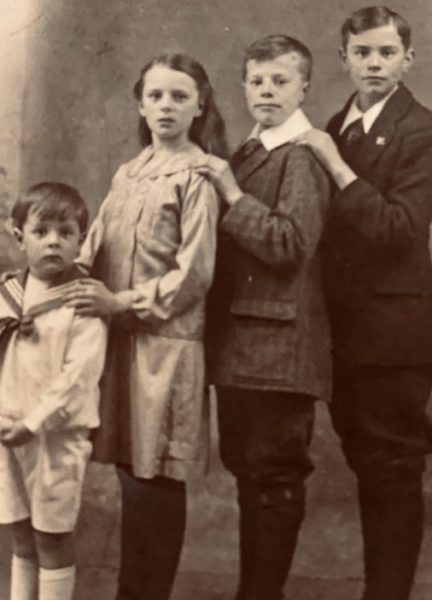 Oliver Faircloth of Takeley and Albury standing on right with siblings L-R; Isaac Peter, Lily Ann, Leonard John | Sheila Haley