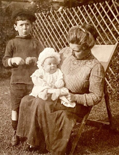 Oliver Faircloth (standing) mother Annie Mary (Piper) of Takeley, his brother Isaac Peter Faircloth seated. Oliver killed 1917 WW1 | Sheila Haley