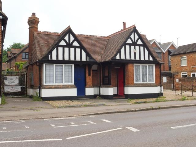 Gibbs almshouses Nos 1 and 2 High Street. Jun 2020   Colin Wilson