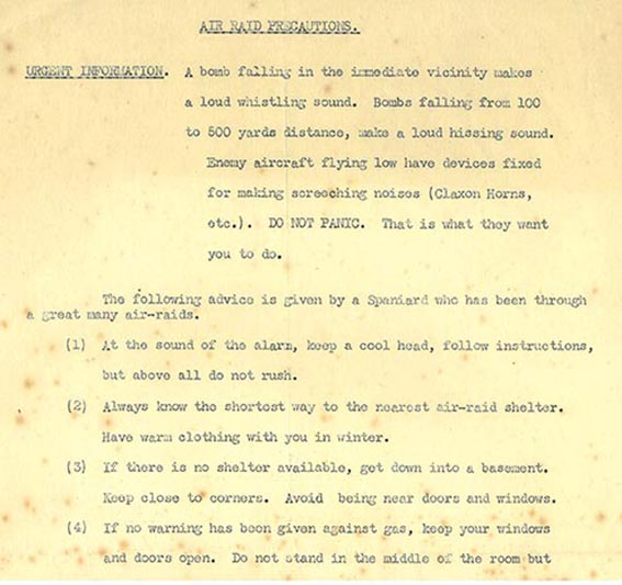 Instructions on what to do in the event of an air raid | HALS (DE/X548)