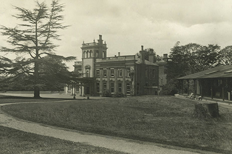 Postcard showing Ware Park mansion | Ware Park (HALS ref CV/WAR/254)