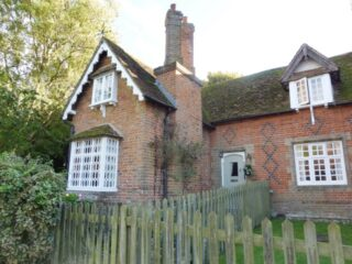 1 Church End Cottages. Oct 2016 | Colin Wilson