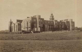 An old photograph of Hatfield House around the time of the events in the article. It shows a wide shot of the house across the grounds taken from the North East.   Hertfordshire Archives and Local Studies, DE/Gr/37.