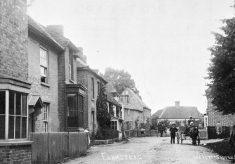 Trowley Hill Road