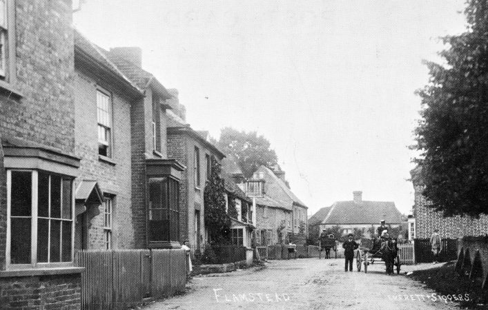 View up Trowley Hill Road, Bell on the left, villagers and horse and cart, b&w photo 1900s | C Motley postcard collection