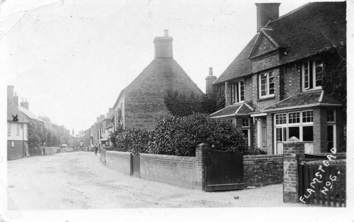 Trowley Hill Road from the junction with High Street, b&w photo 1900s | C Motley postcard collection