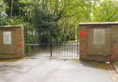 Chipping Barnet. Thomas Watson Cottage Homes