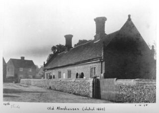 Saunders almshouses c1832. Photograph by A Whitford Anderson. 1898 | Courtesy of Hertfordshire Archives and Local Studies ref DZ/119/3/368A