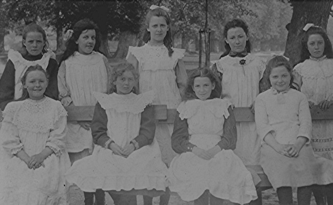 Girls School Group c.1908 | Geoff Webb