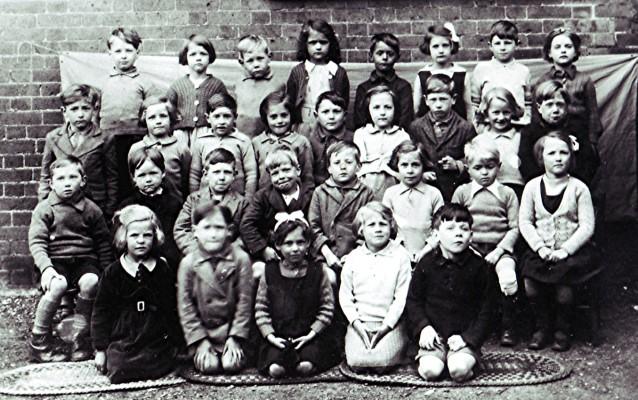 Infants School Class, 1939 | Geoff Webb