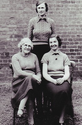 Infants School Teachers, early 1940s | Geoff Webb