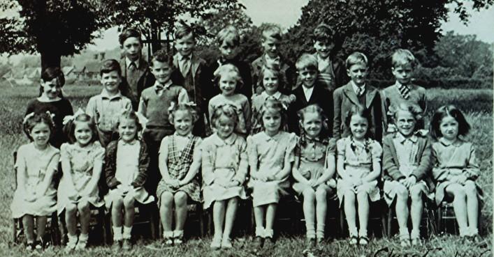 Infants School 1948 - Class 1 | Geoff Webb