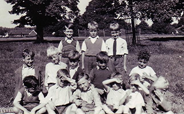 Infants School Group | Geoff Webb