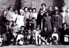 Girls School Outing to Hatfield House