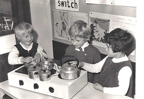 Infants School Pupils | Geoff Webb
