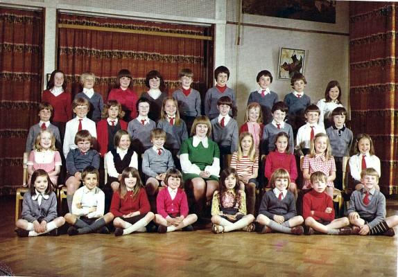 Junior School Class   Geoff Webb