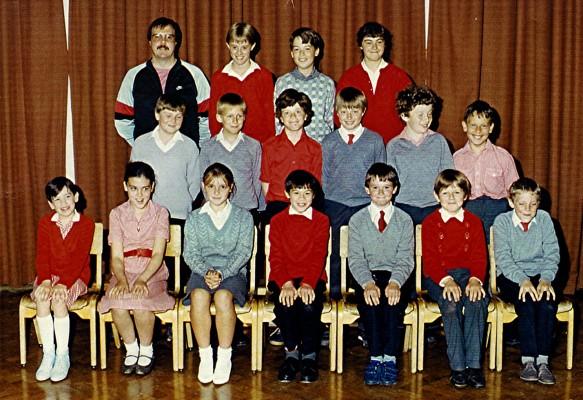 Junior School Group 1986 | Geoff Webb