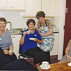 Left to right: Yvonne Sibley, Irene Benn, June Fox, Jean Smith, Lily Cowland   Geoff Webb