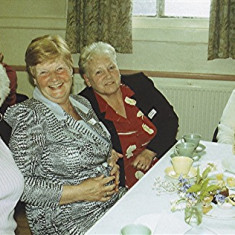 Left to right: Lily and Rita Bird, Maureen Stevens with her mother Phyllis Hedges | Geoff Webb
