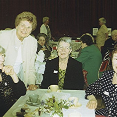 Left to right: Pam Orchard, Pam Ranscombe, Lily Orchard, Yvonne Anderson | Geoff Webb