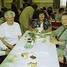 Left to right: Valerie Herring, Joan Draper, Edna Game, Thelma Coleman, Mary Game | Geoff Webb