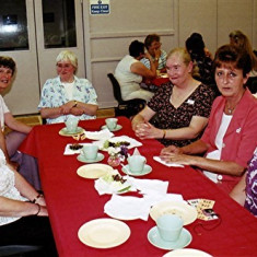 Left to right: Mary Pease, Stella May, Janet Biggs, Lynn Carter, Daphne Mason and Rosemary Gregory | Geoff Webb