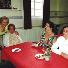 (Left to right): Sheila Game, Mollie Powell, Gladys & Ellen Smith. | Geoff Webb