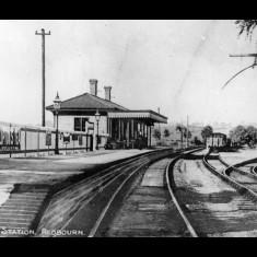 Redbourn Station, Hemel-Hemstead bound, early twentieth century. | © The Lens of Sutton Association