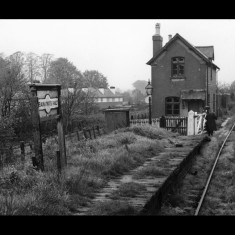 Beaumont's Halt, south west of Redbourn, overgrown and abandoned on a winter's day in the 1960s | © Photomatic Ltd, lent by Ken Allen