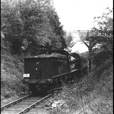 A 'special' train climbing the 1 in 39 gradient at Highfield, Hemel Hempstead, in 1957. | © Alan J Willmott