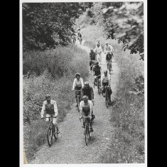 Cycling on the Nickey Line, going uphill, probably in Hemel Hempstead, 1980s. | © unknown