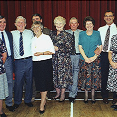 Reunion helpers left to right: Olive & Derek Fellowes, Ernie & Jackie Young, Ray & Thelma Webb, Colin & Jean Smith, Geoff & Margaret Webb | Geoff Webb